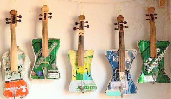 Orchestre recycl quand musique rime avec poubelle - Fabriquer un instrument de musique original ...