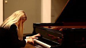 Don au piano