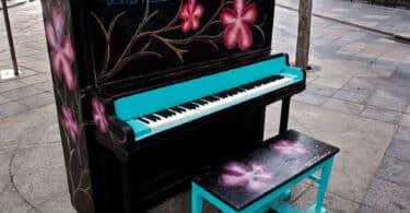 piano-street